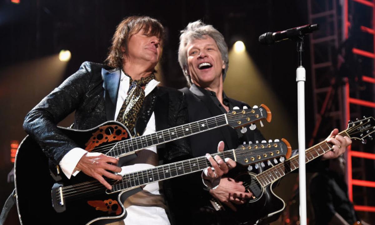 """Richie Sambora non rimpiange di aver lasciato i Bon Jovi: """"volevo tornare a  fare il padre e godermi il tempo con mia figlia Ava"""""""