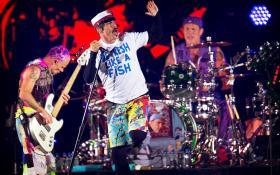 Red Hot Chili Peppers: le foto del concerto al Roskilde Festival