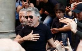 Roger Waters: guarda le foto con i fan a Bologna