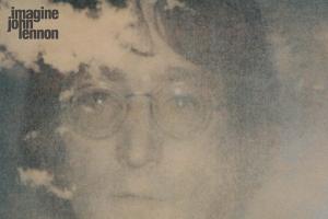 Imagine di John Lennon compie 50 anni. Il vero significato della canzone simbolo del genio di Liverpool