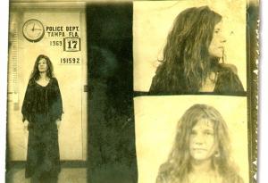 Foto segnaletiche delle rockstar