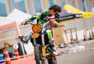 Vanni Oddera + Daboot: le foto della mototerapia a Savona