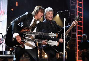 Bon Jovi: guarda le foto della cerimonia per l'ingresso alla Rock & Roll Hall of Fame!