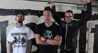 """I Blink-182 suoneranno integralmente """"Enema Of The State"""" per festeggiare il ventesimo anniversario. Tutte le info"""