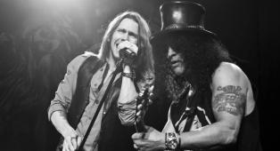 """Slash: """"Ecco perché ho scelto Myles Kennedy alla voce per la mia band"""""""