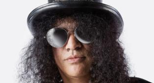 Guns N' Roses: Slash parla dei suoi momenti più bui, tra alcol e droga
