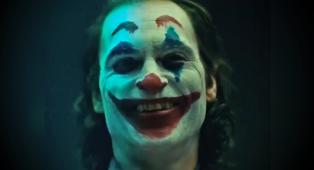 """Joker, il regista rivela: """"Joaquin Phoenix perdeva spesso il controllo, andava in crisi e abbandonava il set"""""""