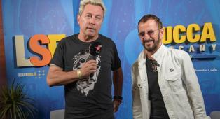 Ringo Starr: guarda l'intervista integrale realizzata da Ringo al leggendario batterista dei Beatles