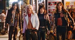 Mötley Crüe: è uscito il trailer ufficiale di The Dirt, il biopic sulla storia della band. Guardalo qui