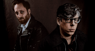 The Black Keys: riascolta lo speciale Best Rock dedicato al nuovo album Let's Rock a cura di Paola Maugeri