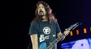 "Foo Fighters, il nuovo album Medicine At Midnight non è per nulla un disco ""dance"". Ecco perché"