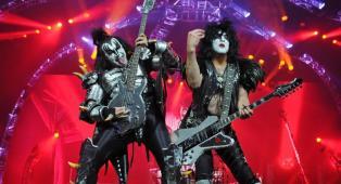 """KISS: riascolta lo speciale Best Rock """"Kissworld"""" a cura di Massimo Cotto"""