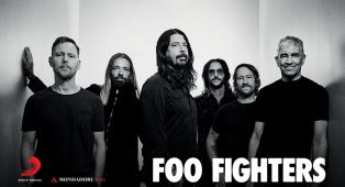 Foo Fighters: inserisci il codice per partecipare all'estrazione del basso autografato da Nate Mendel ed i memorabilia della band