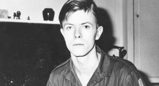 La volta in cui David Bowie recitò nella pubblicità di un gelato diretto da Ridley Scott. Guarda il video