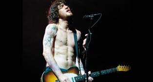 """Red Hot Chili Peppers, Chad Smith parla di John Frusciante: """"È molto cambiato, ora ha trovato il suo equilibrio"""""""
