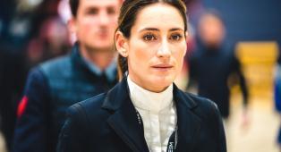 Jessica Springsteen, la figlia del Boss non si qualifica per la finale di salto individuale. Ultima chance il 6 agosto nel salto ostacoli a squadre
