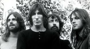 Il giorno in cui i Pink Floyd, per colpa degli effetti speciali del loro show, uccisero tutti i pesci del Crystal Palace Bowl