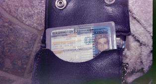 Kurt Cobain: le foto inedite della polizia scattate l'8 aprile 1994