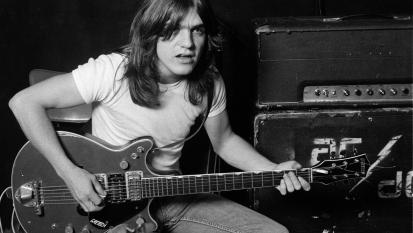 Malcolm Young: il messaggio tributo e il ricordo degli AC/DC sui social.