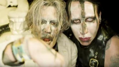Marilyn Manson: nuovo video con Johnny Depp, sangue e sesso!