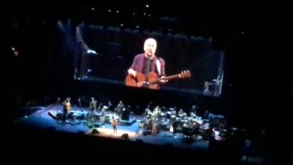 Paul Simon odia suonare The 59th Street Bridge Song (Feelin 'Groovy). L'esibizione al Moda Center di Portland