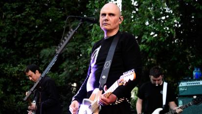 Smashing Pumpkins: la polizia irrompe durante un loro house concert a Los Angeles! Guarda i video e le foto