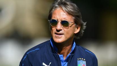 Nazionale di Mancini: il C.T fa allenare la squadra con una playlist decisamente rock. Dagli AC/DC ai Queen fino agli Stones e Van Halen