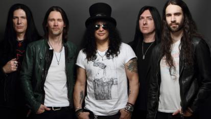 Slash: gioca e vinci il CD Living The Dream autografato!