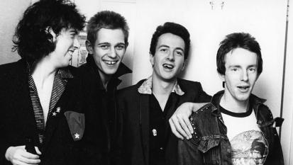 """The Clash, ecco il vero significato della canzone """"London Calling"""""""