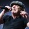 """AC/DC, Brian Johnson: """"Non ho mai fatto uso di droghe, con i primi soldi volevo solo comprare una casa per i miei genitori"""""""