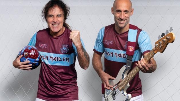 Gli Iron Maiden e il West Ham United hanno realizzato insieme la nuova maglia della squadra! Guarda i video