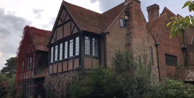 David Gilmour: ecco le immagini della sua villa abbandonata