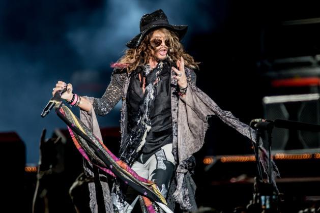 Steven Tyler sta male: cancellate le date del tour sudamericano degli Aerosmith