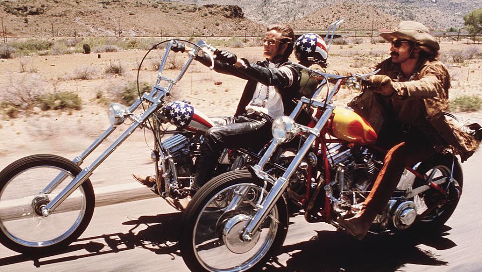 Easy Rider compie 50 anni! Guarda le foto più belle del film che ha scritto la storia del cinema