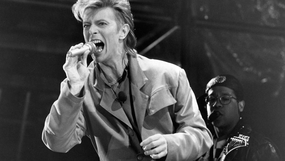 David Bowie: la storia e le immagini del leggendario concerto a Berlino nel 1987!
