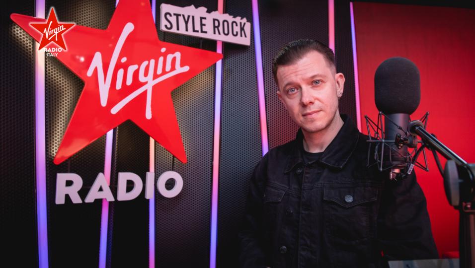 Guarda le foto di Andrea Rock nel nuovo studio di Virgin Radio