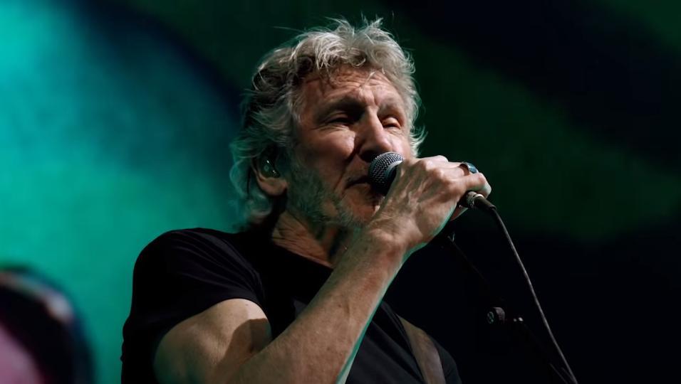 Roger Waters pubblica la versione di Time registrata dal vivo per il film Us +Them. Guardala e ascoltala qui