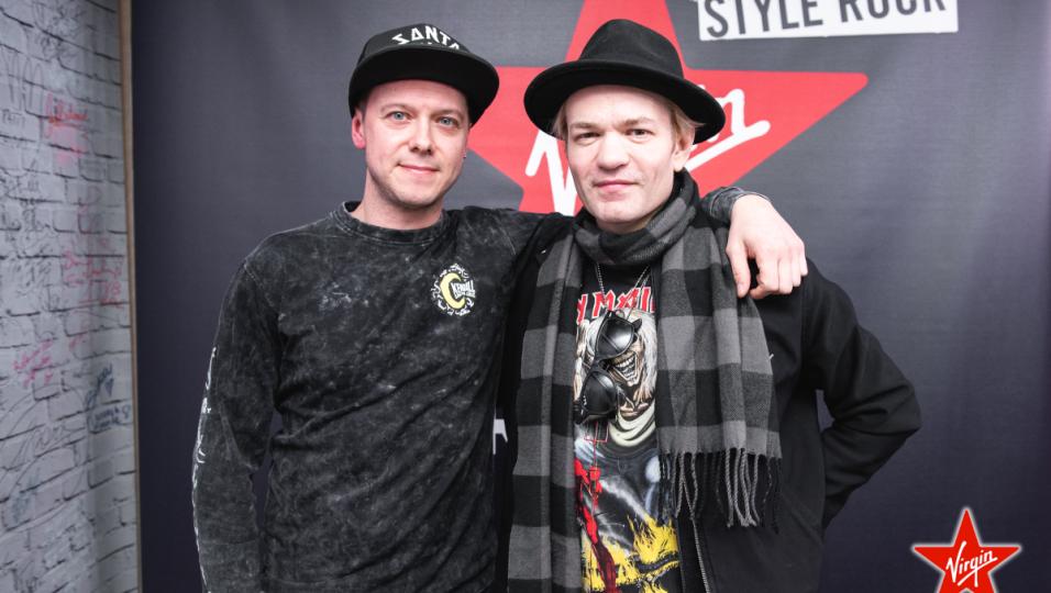 Sum 41: guarda le foto dell'intervista a Deryck Whibley con Andrea Rock