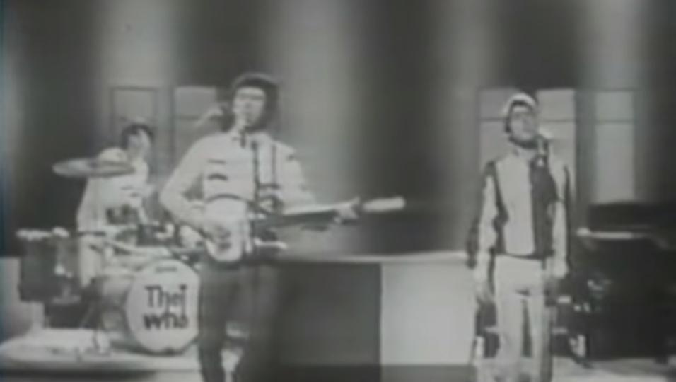 """28 gennaio 1965. Gli Who debuttano alla TV britannica nel programma """"Ready Steady Go!"""". Guarda il video"""